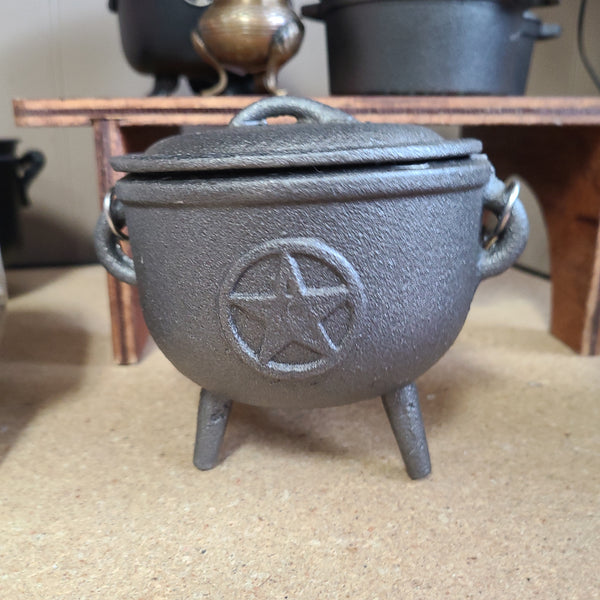 Pentagram cast iron cauldron 4""