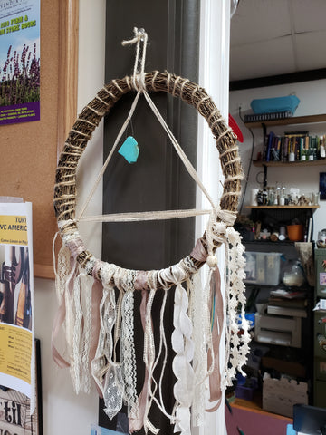 Tringle Straw Weave Dreamcatcher