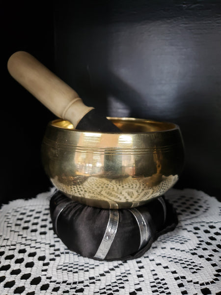Metal Blend Machine Made Singing Bowl 4 1/2 inch diameter