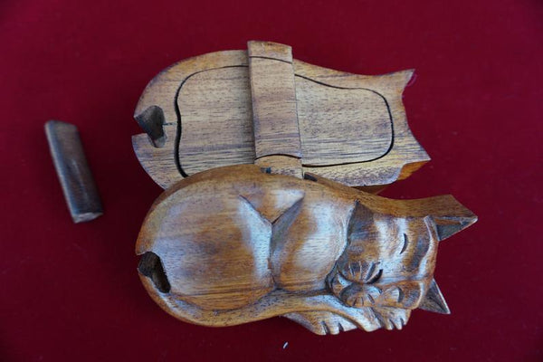 Sleeping Cat Wooden Puzzle Box