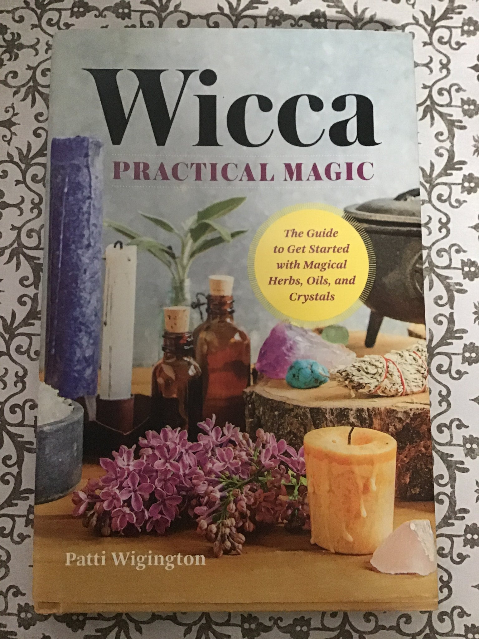 Wicca Practical Magic - Patti Wigington ( Used - Good Condition)