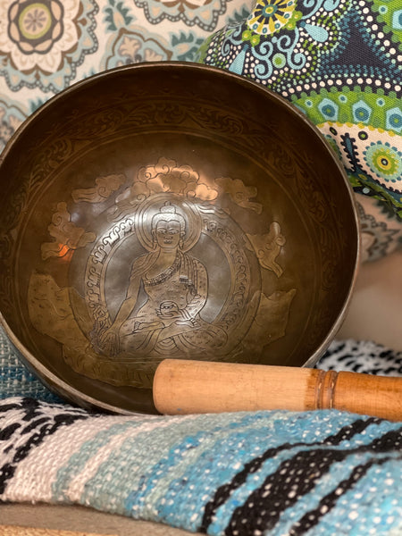 Ancient Design Handcrafted Singing Bowl 7.5 inches - Buddha