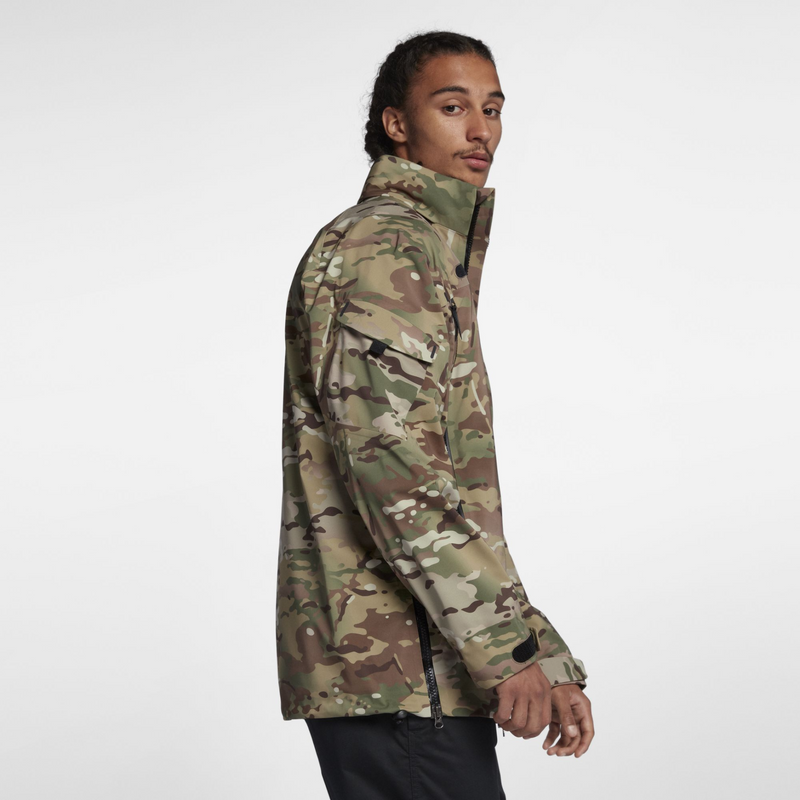 NikeLab Collection Camo Jacket (AO0813-222)