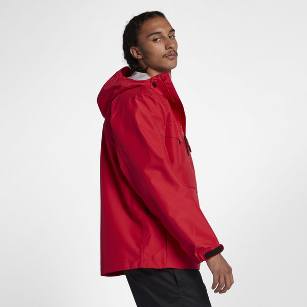 165d05416a NikeLab Collection Wet Reveal Jacket (AA1135-688)