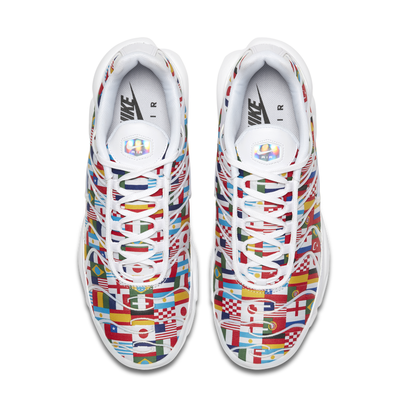 the best attitude 0fddd 9fe3d Nike Air Max Plus NIC World Cup International Flag Pack (AO5117-100)