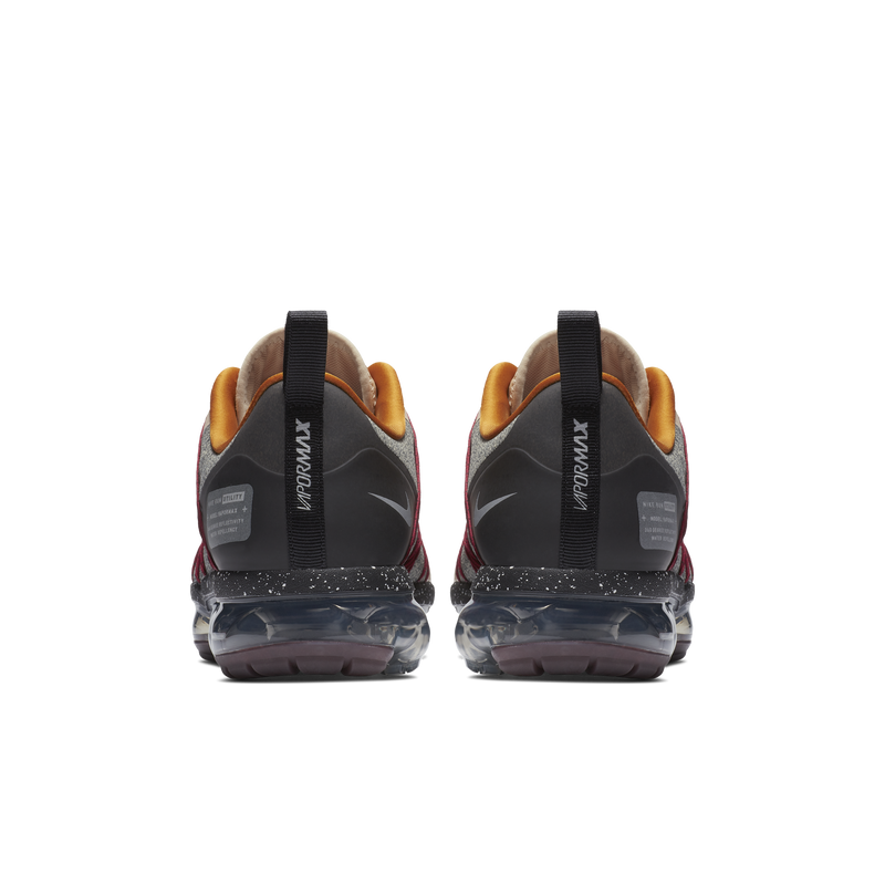 37fa081be462 Nike Air Vapormax Run Utility (AQ8810-200)