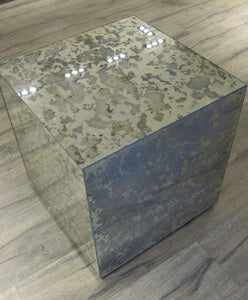 PP-Eloy Antique side table
