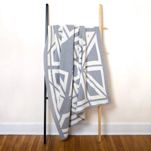 Load image into Gallery viewer, PP-Milas Throw Blanket - smoke