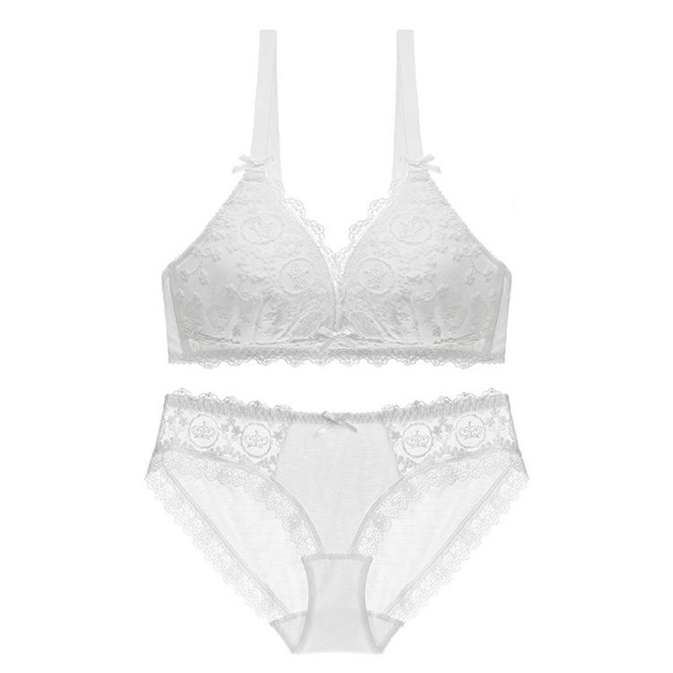 Adorable Lace Comfy Wire Free Breathable Bra & Panty Set