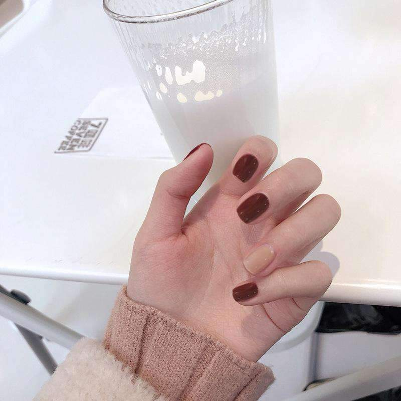 Chai Latte Magic Press On Nail Manicure