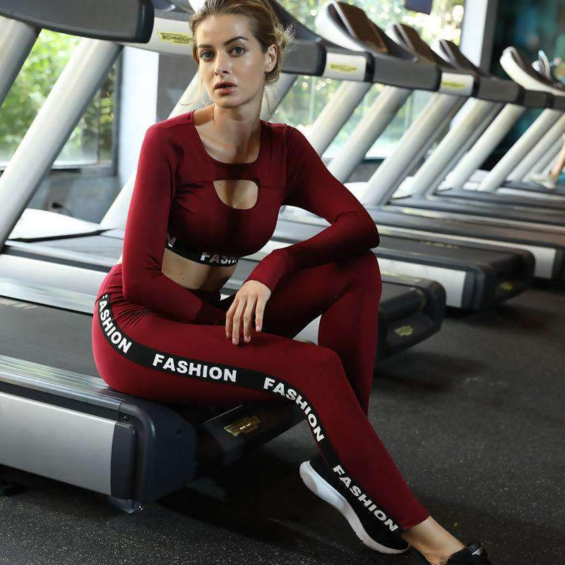 Letter Printed Long-Sleeve Sports Top & Pants Yoga Set