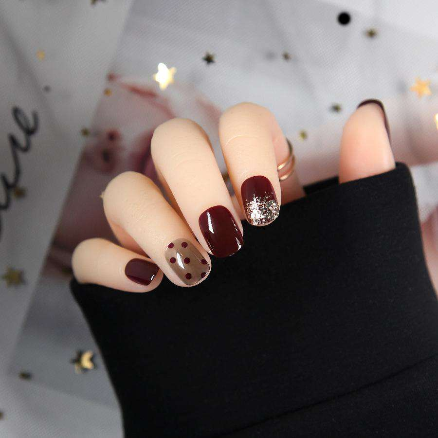 Polka Dot Gold Foil Magic Press On Nail Manicure