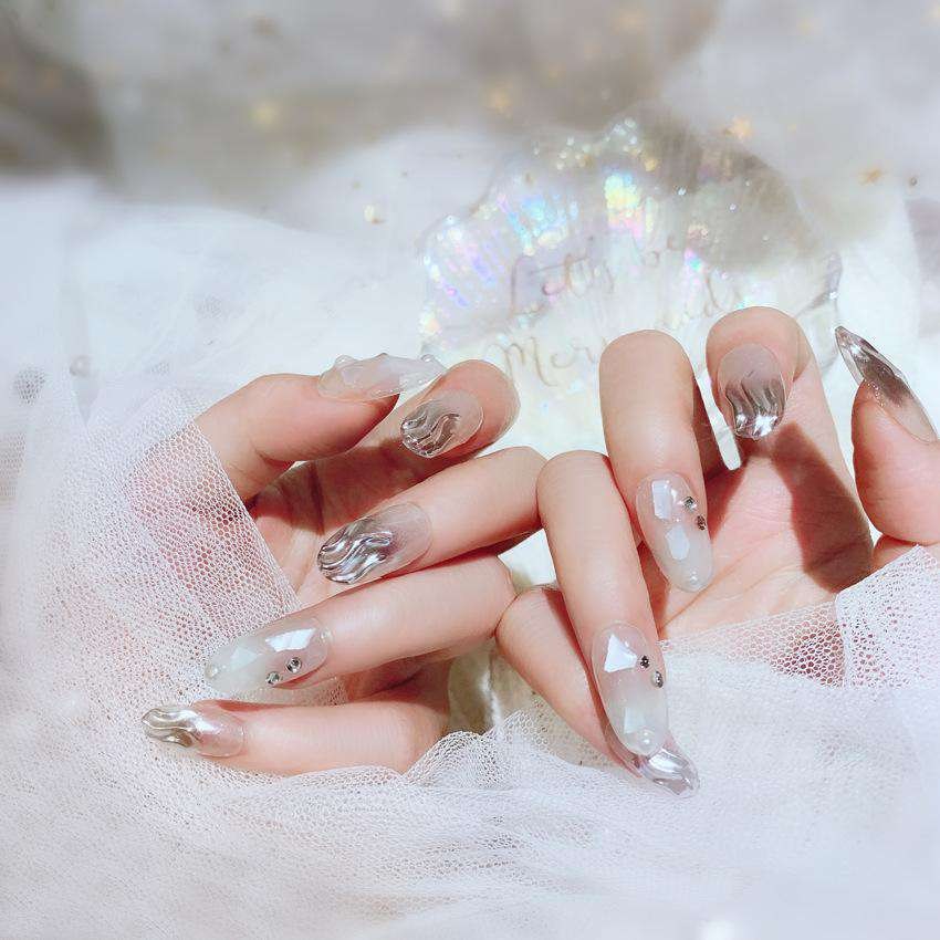 Glitter Shell Elegance Magic Press On Nail Manicure