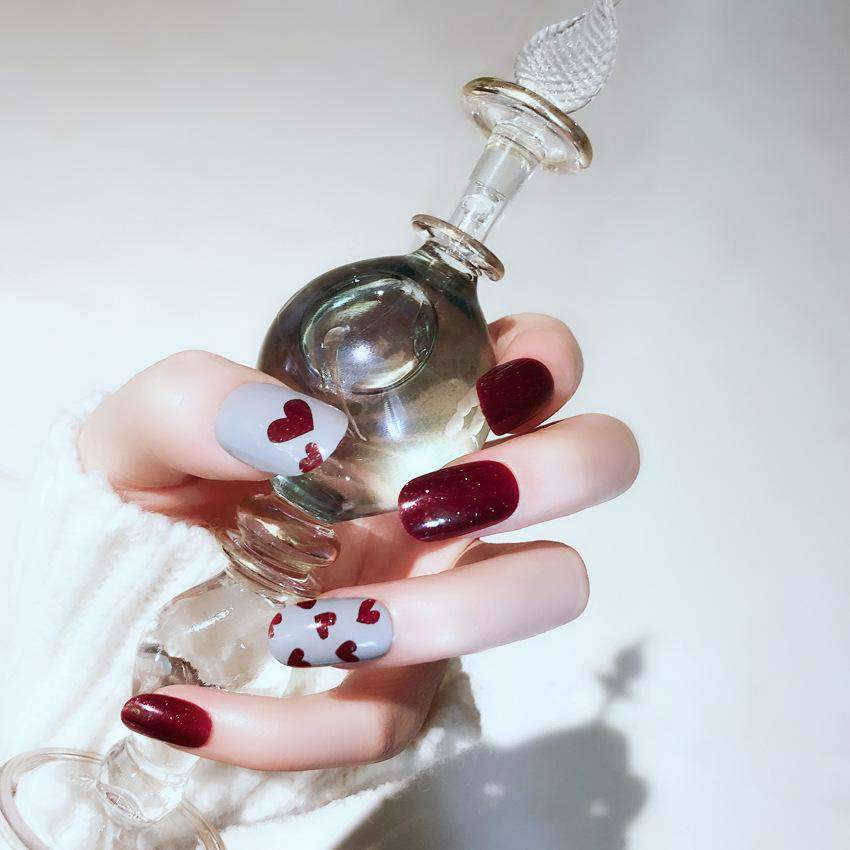 Cute Heart Magic Press On Nail Manicure