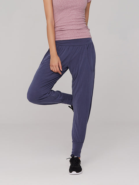 Relaxed Fit Model Breathable Comfort Jogger Pants gallery 3