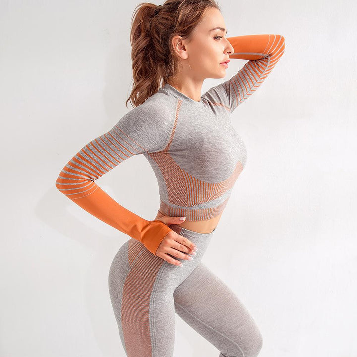 Seamless Striped Crop Sports Top with Thumb Holes gallery 4