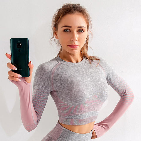 Seamless Striped Crop Sports Top with Thumb Holes