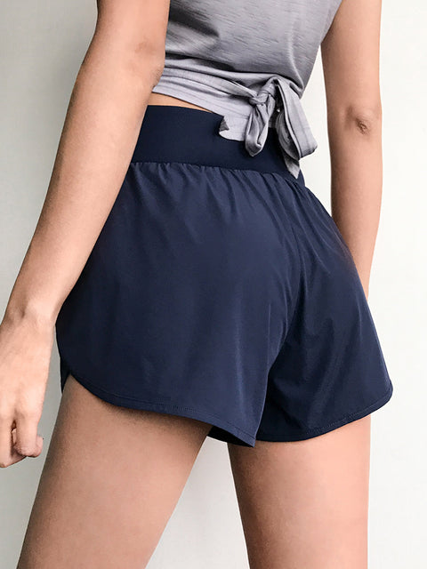 Pocket Patched Side Wide Waistband Sports Shorts gallery 5