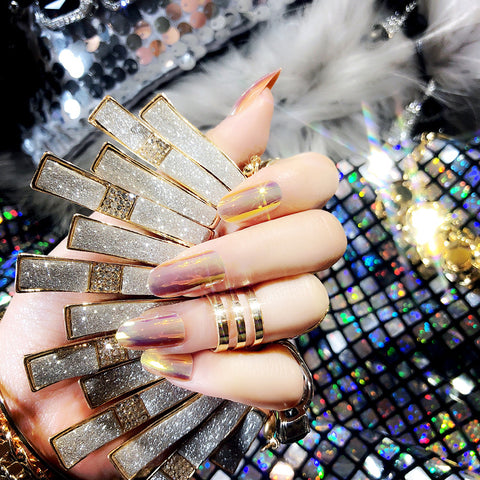Mirror Chrome Effect Magic Press On Nail Manicure (Gold)