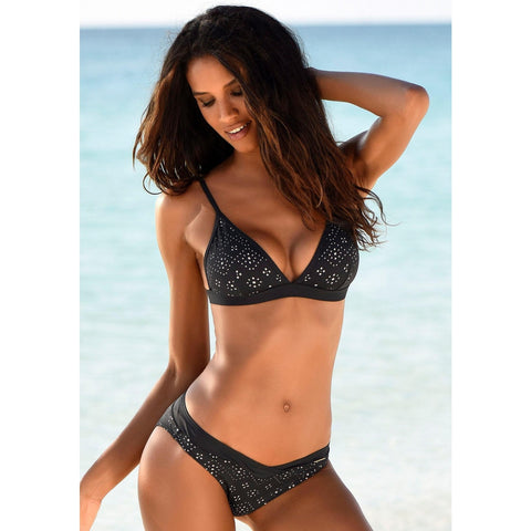 Patterned Triangle Top With V-shaped Bikini Set