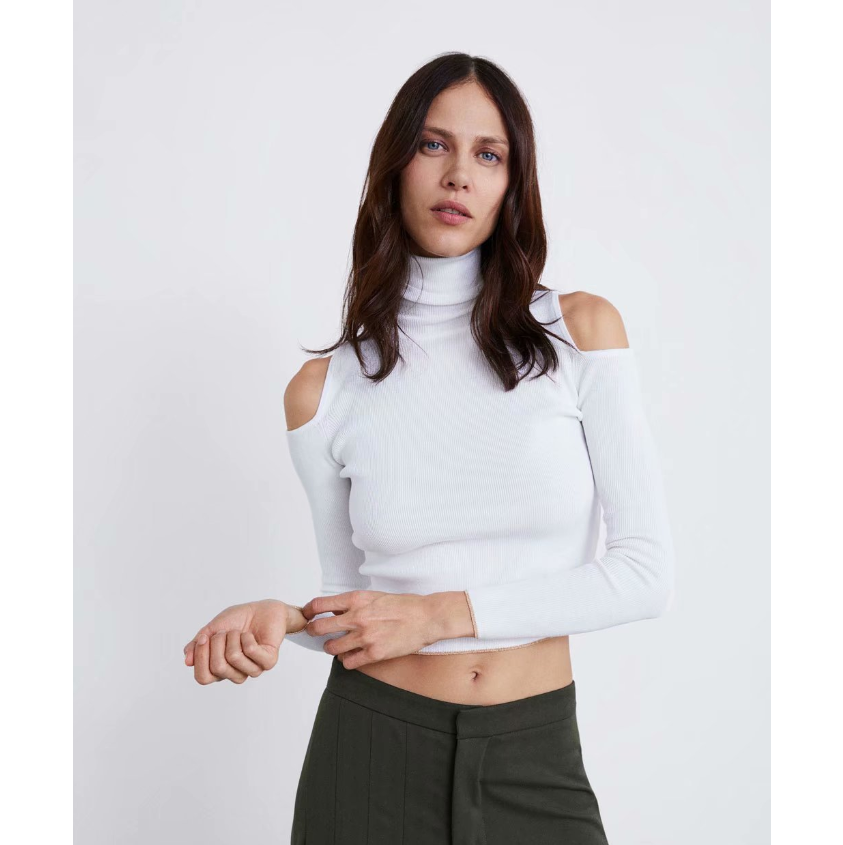White Cold Shoulder High Neck Cropped Knitwear