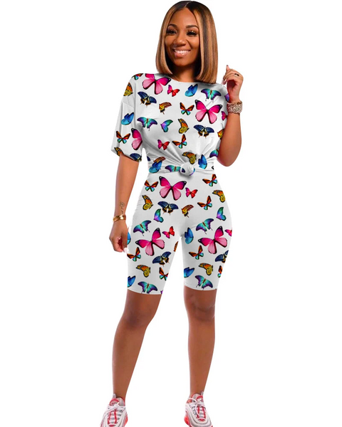 Butterfly Print Round Neck Top & Shorts Set gallery 1