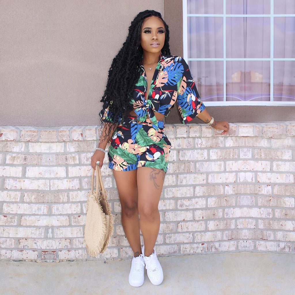 Floral Print Tie Front Middle Roll Sleeve Top & Short Set
