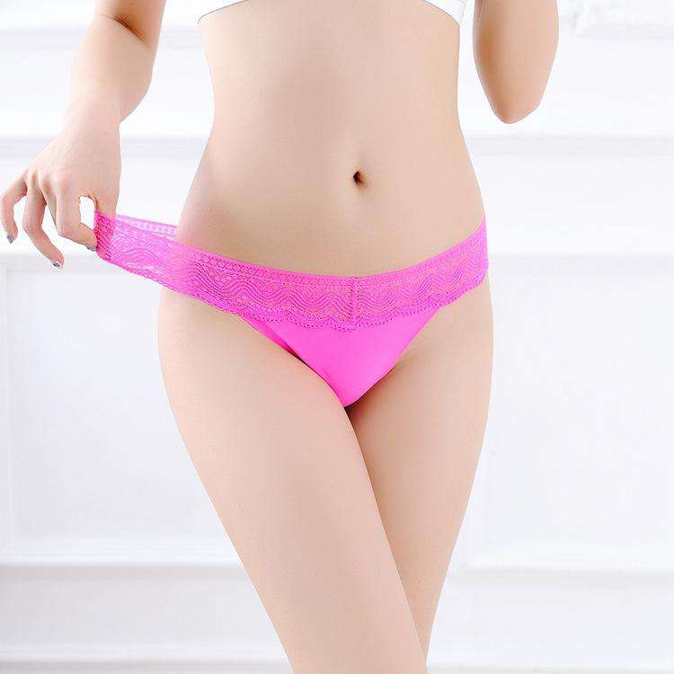 Transparent Lace With Ruffle Side Panty (3Pcs)