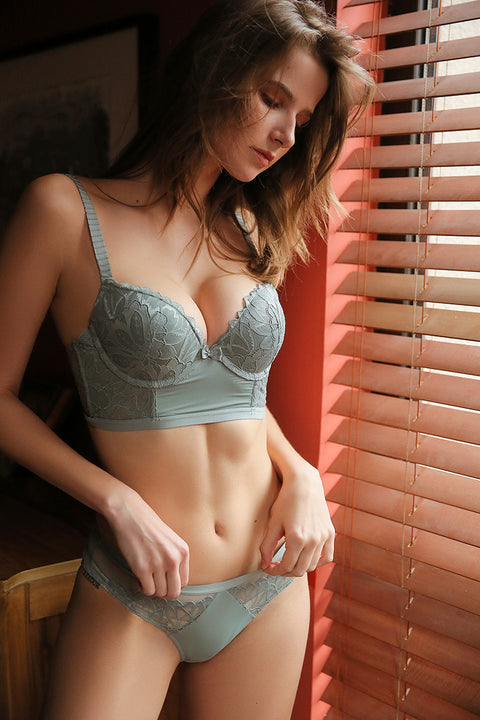 Wicked Floral Lace Push-up Lingerie Set gallery 6