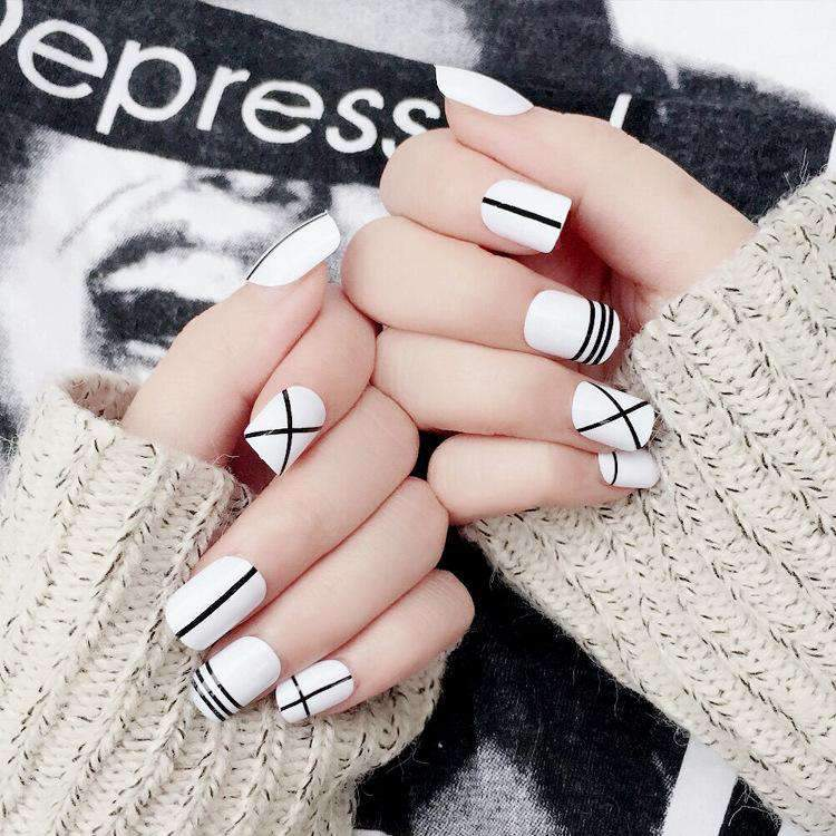 Chic Graphic Cross Line Magic Press On Nail Manicure