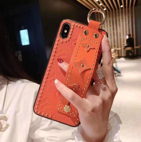 Chic Rivet Designed Four Leaf Clover Phone Case for Samsung with Wrist Strap gallery 7