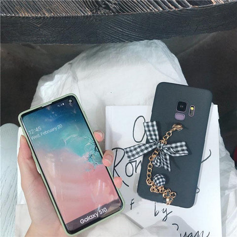 Creative Bowknot Pattern Samsung S10PLUS With Chain Strap Note8/9 Soft Phone Case gallery 1