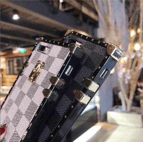 Plaid Leather Rivet Edge Phone Case for Samsung with Hand Strap gallery 10