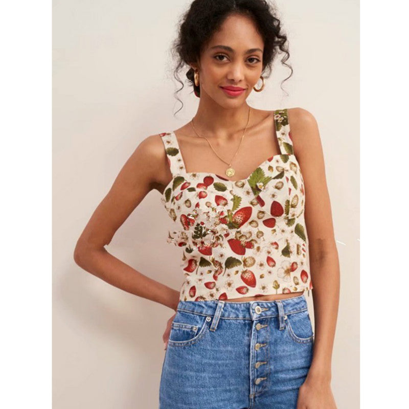 Sleeveless Strawberry Print Pleated Crop Top