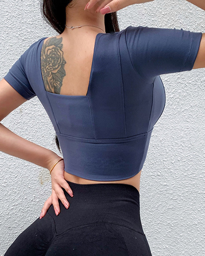 Solid Backless Crop Sports Top gallery 6