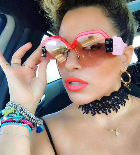 Chic Mirrored Flat Lens Wide Frame Sunglasses gallery 9
