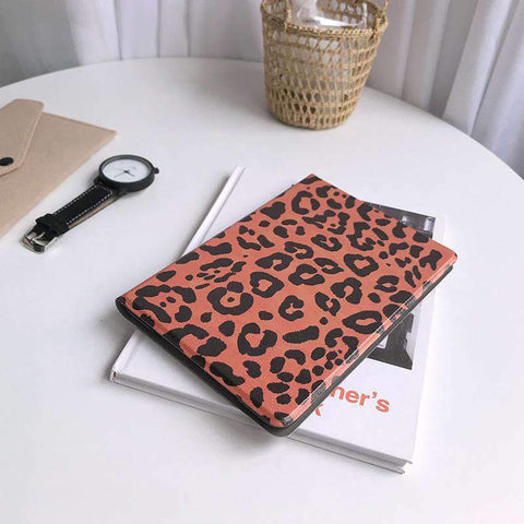 Chic Leopard Printed Apple iPad Cover Case gallery 2