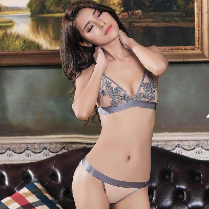 New Arrival Sexy Push-up Bra and Panty No-steel-ring Triangle Cup Comfortable and Light