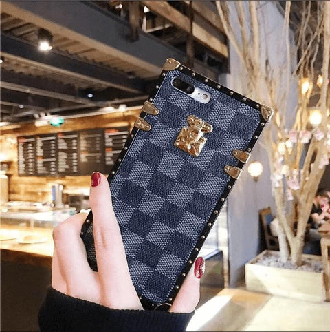 Plaid Leather Rivet Edge Phone Case for Samsung with Hand Strap gallery 7
