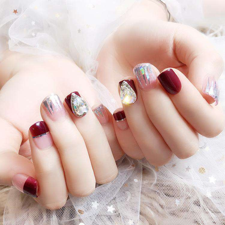 Laser Beam Glitter Magic Press On Nail Manicure