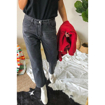 Chic Basic Mid Waist Straight Cropped Jeans