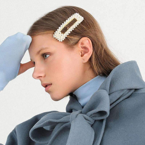 Chic Pearl Hairpin gallery 1