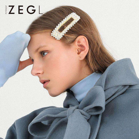 Chic Pearl Hairpin gallery 4