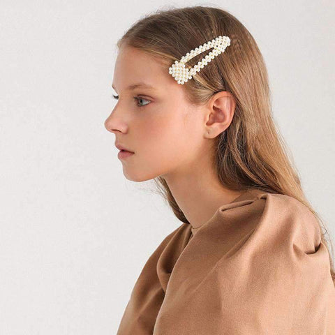 Chic Pearl Hairpin gallery 2