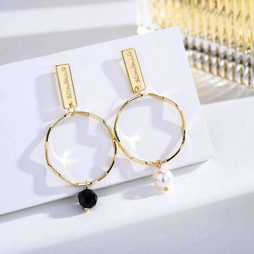 Chic Asymmetrical Black And White Beads Earrings