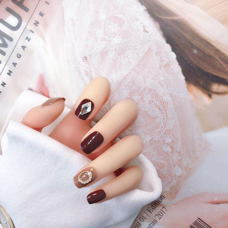 Jelly Milk Tea Magic Press Nail Manicure in Black