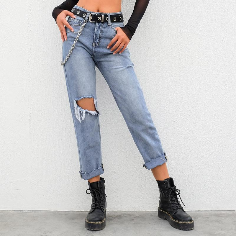 Frayed Style Cropped Jeans With Cuts