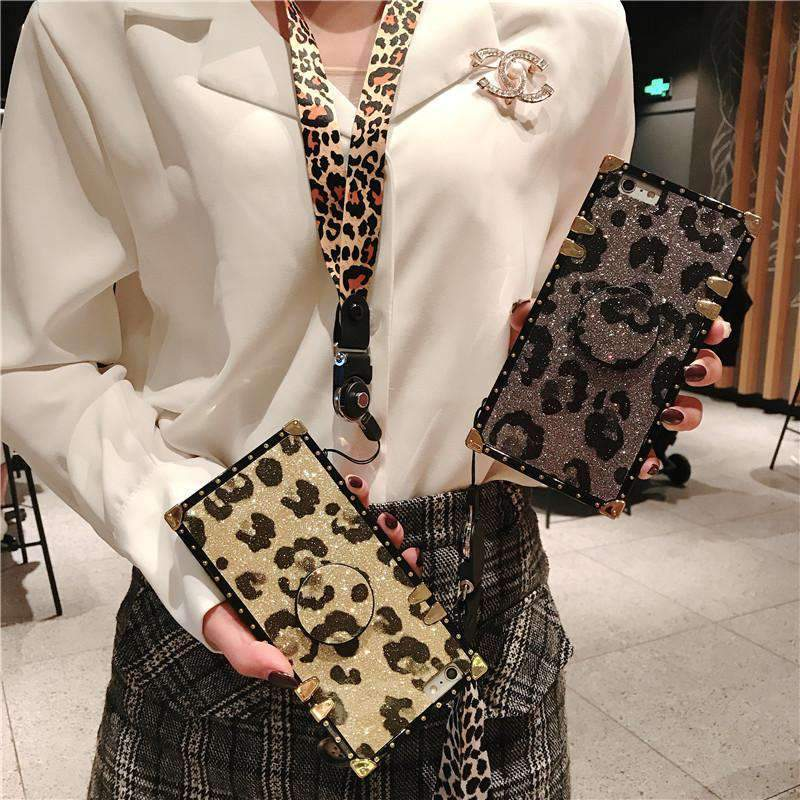 Luxury Leopard Pattern Phone Case for Samsung with Phone Holder and Strap