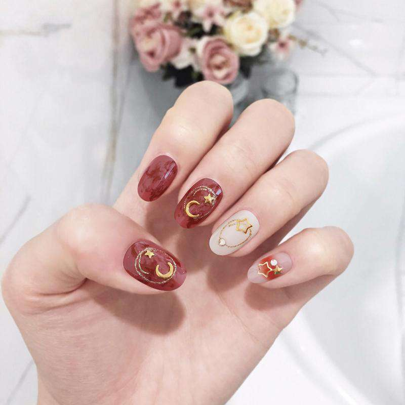 Amber Sunset Magic Press On Nail Manicure