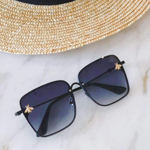 Chic Square Shape With Butterfly Side Street Fashion Sunglasses gallery 1